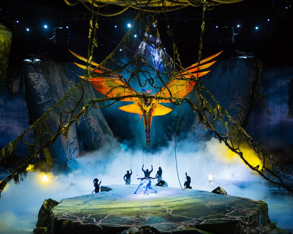 Errisson Lawrence © 2015 Cirque du Soleil Costume credit : Kym Barrett