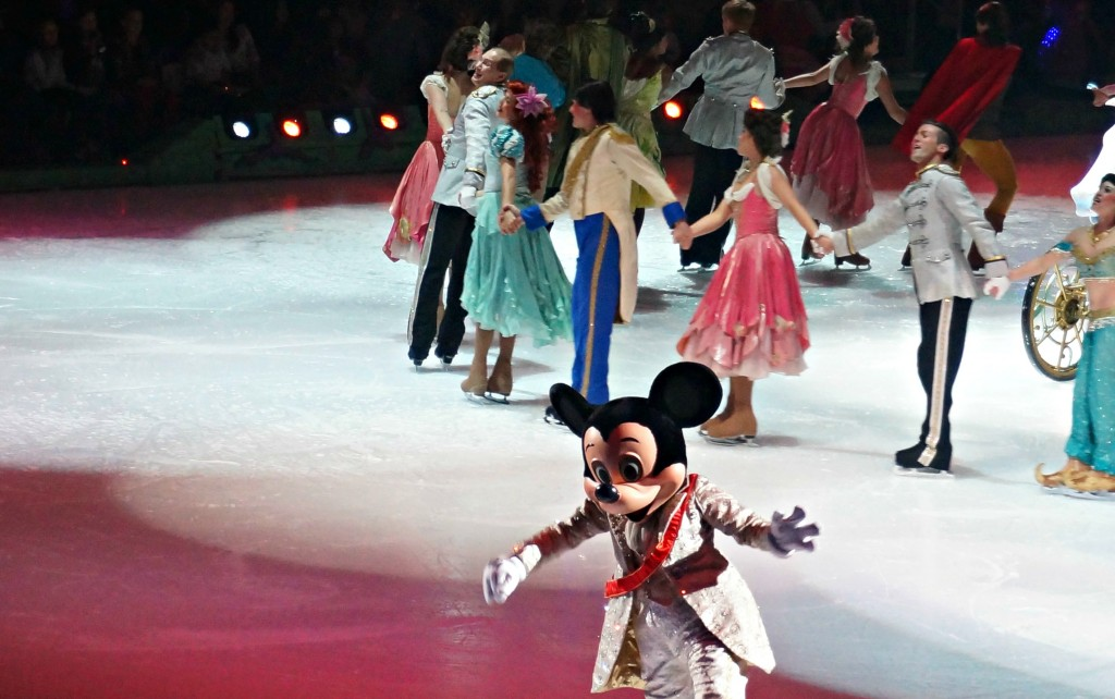 mickey-y-sus-amigos-en-disney-on-ice