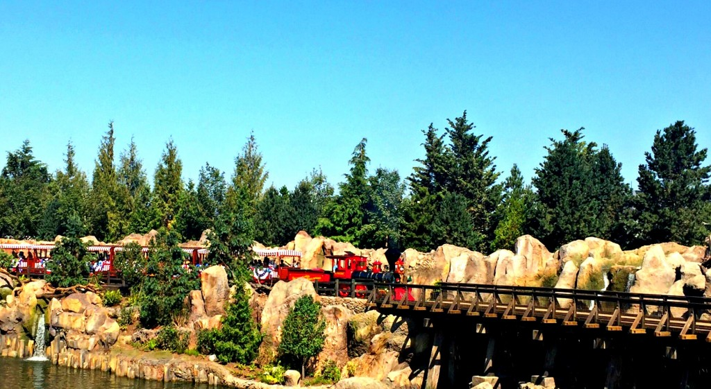 disneyland-railroad