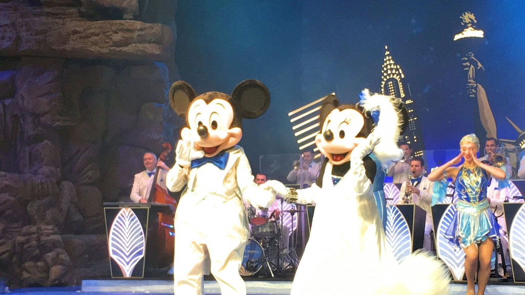 mickey-y-minnie-en-disneyland-paris