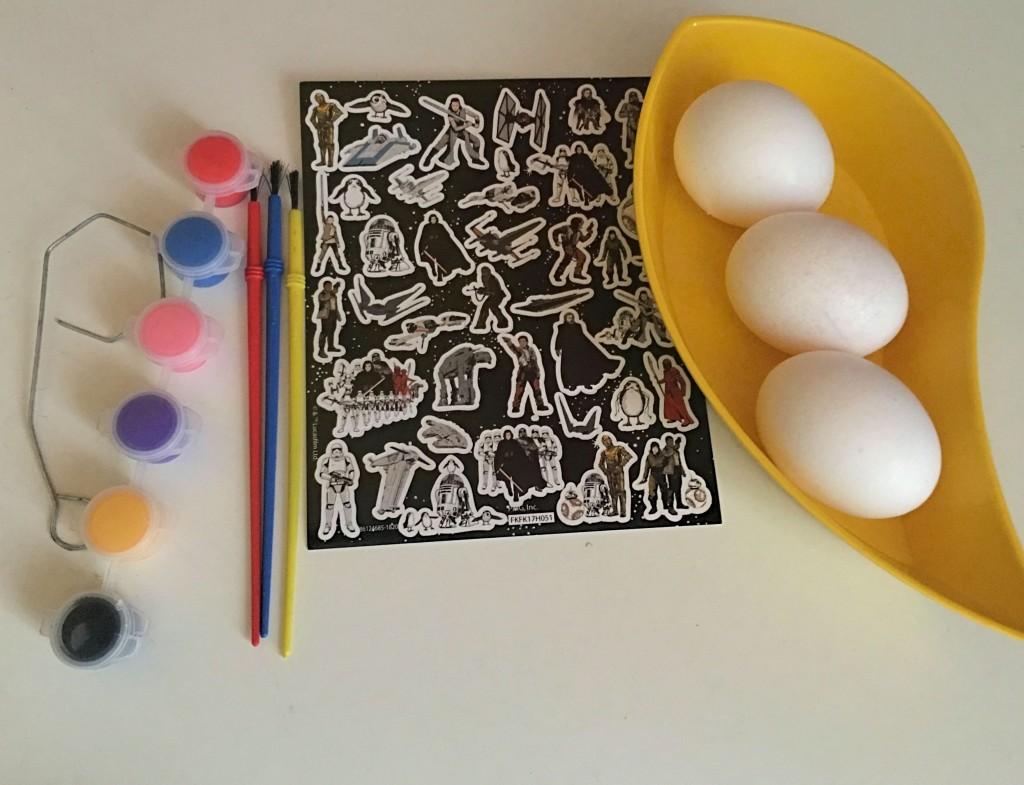 decorando-huevos-de-pascua