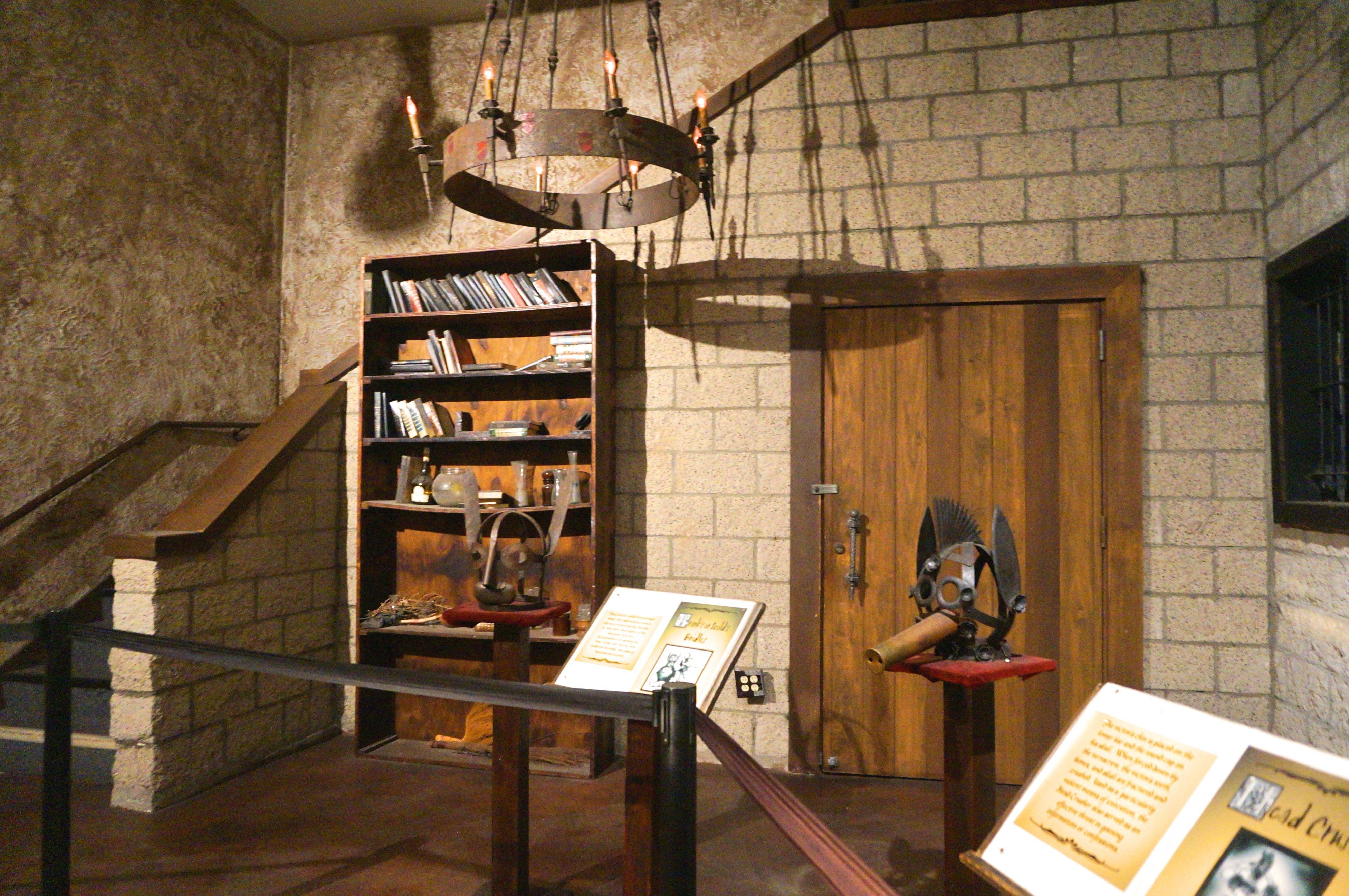museo-de-la-tortura-en-medieval-times