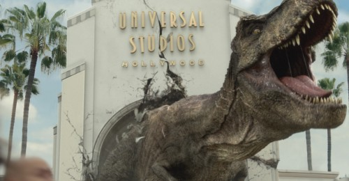 jurassic-world-the-ride-it-just-got-real-campaign-image
