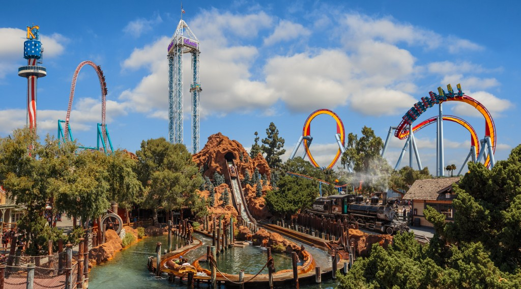 knotts-berry-farm-daytime-skyline-image