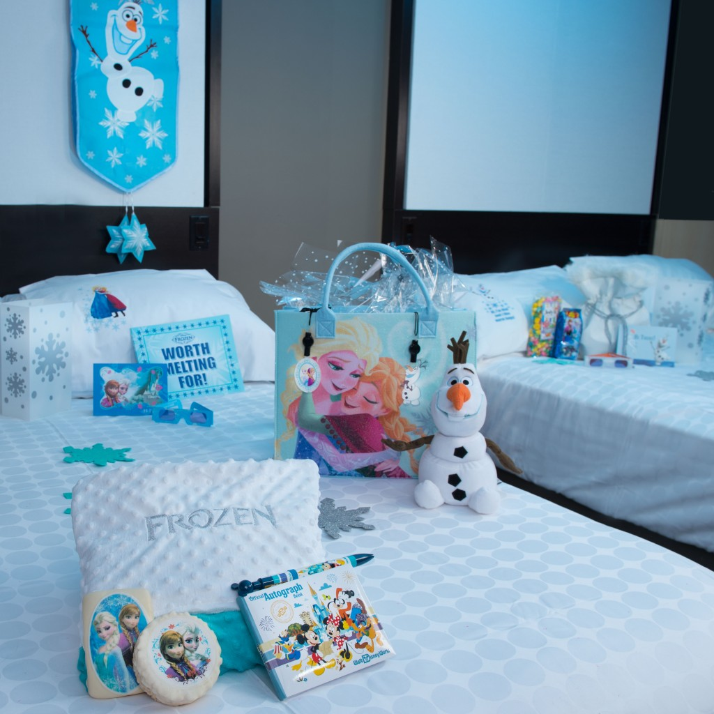 """Frozen"" In-Room Celebration Package Option at Disneyland Resort Hotels"