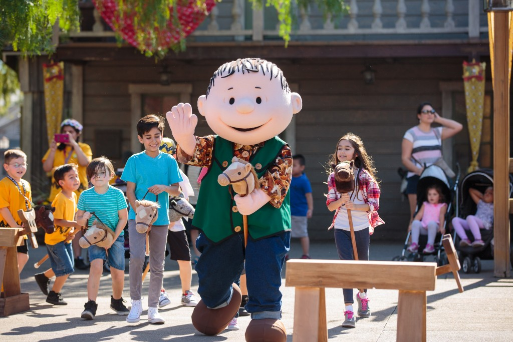peanuts-celebration-linus-cowboy-jamboree